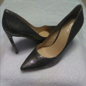 "4"" Nine West 8M Pointed Metallic Copper Gold Silve"